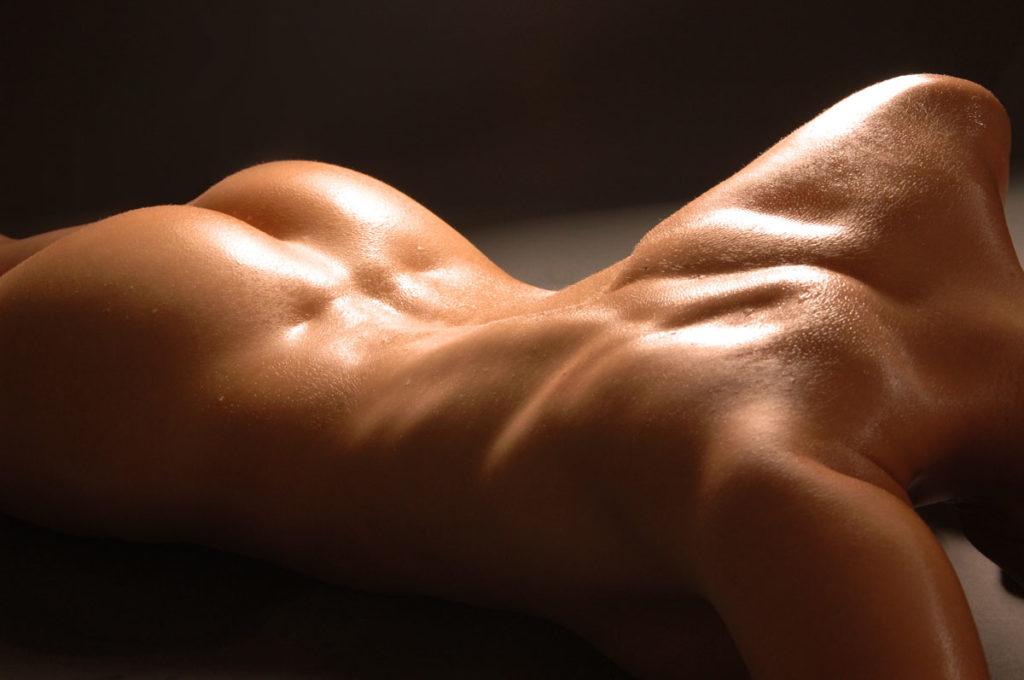 nude-back-1024x680.jpg
